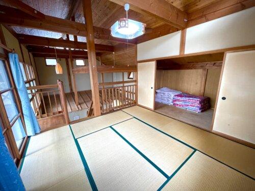 コテージ2階の8畳寝室